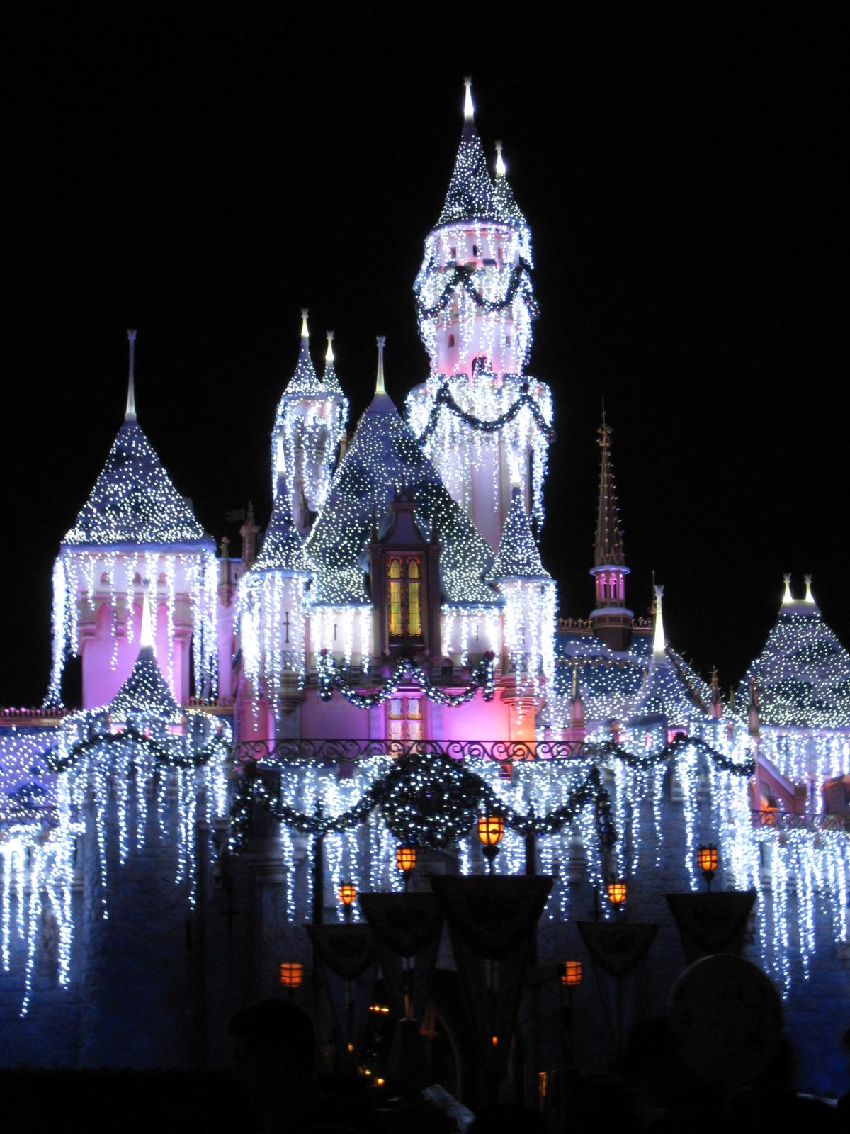 Christmas Disney, Disney Castle, Icicle castle, Christmas castle